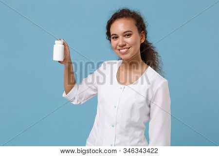 Smiling African American Female Doctor Woman In Medical Gown Holding Medication Tablets, Aspirin Pil