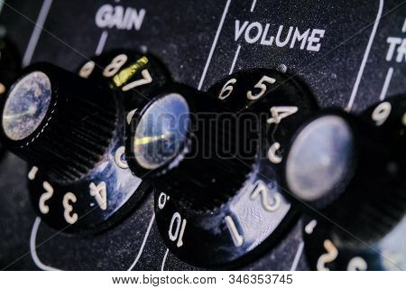 Analog Level Knob Volume. Sound Mixer In The Studio, Automatic Knobs On The Remote Left To Right.