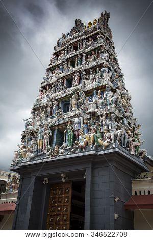 Sri Mariamman Temple Hindu Temple In Downtown Singapore