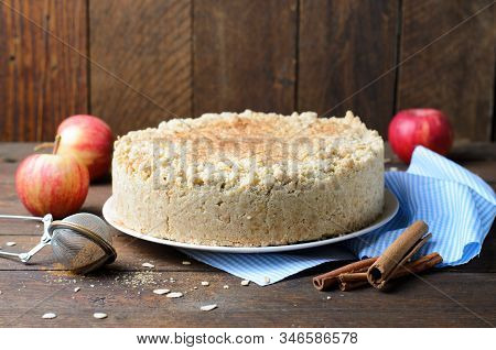 Crumble Pie With Cinnamon Apple Filling, Homemade Bakery