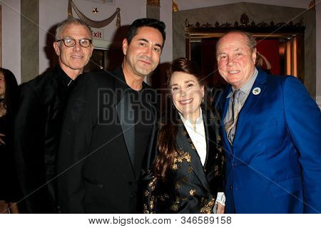 LOS ANGELES - JAN 18: Donelle Dadigan, Tom LaBonge at the Hollywood Museum's celebration for the 40th Anniversary of
