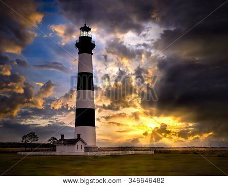 Bodie Island Lighthouse A Fresnel Lens Lighthouse On The Outer Banks Of North Carolina