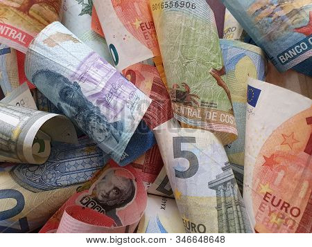 Approach To Costa Rican Banknotes And European Bills
