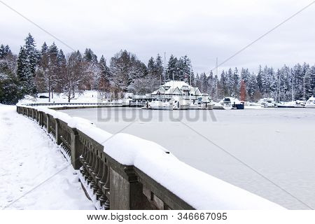Vancouver, Canada - January 15, 2020: Photo Of Vancouver Rowing Club At Early Morning With The Froze