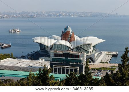 Baku, Azerbaijan - November 13, 2019: Panoramic View Of The Caspian Sea In Baku. Caspian Waterfront