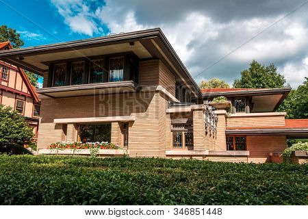 Meyer May House- Grand Rapids, Mi /usa - August 21st 2016:  Side Of The Meyer May House In Grand Rap