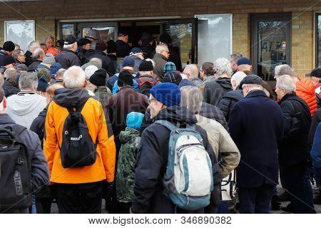 Solna, Sweden - November 30, 2019: A Crowd Enter The Entrance To The Solnahallen Hjulmarknaden Event