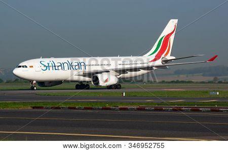 Paris / France - April 24, 2015: Srilankan Airlines Airbus A330-200 4r-alb Passenger Plane Arrival A