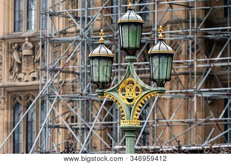 Street Lamps On Westminster Bridge, Bloored Westminster Abbey On Background, London, Uk - Image