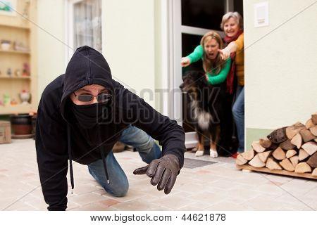 Burglars Flee From The Crime Scene