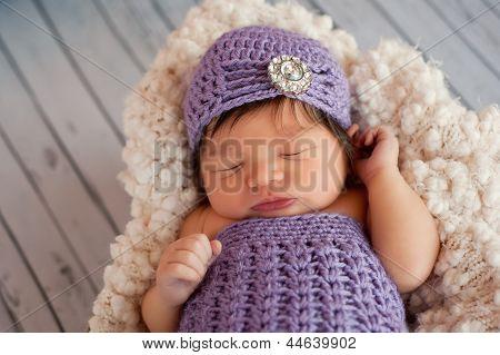 Newborn Baby Girl Wearing a Flapper Hat