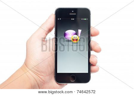 IPhone 5S with Yahoo Messenger app