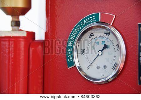 Meters or gauge in crane cabin for measure Maximun load, Engine speed , Hydraulic pressure