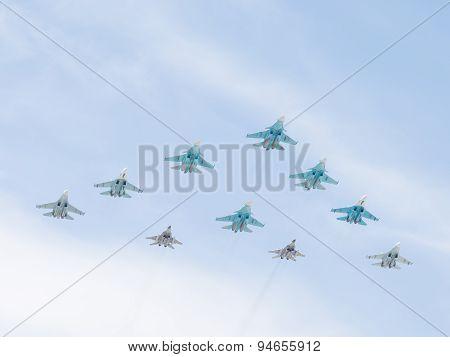 10 Military Aircraft Mig-29 And Sukhoi Flying Pyramid