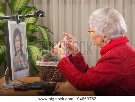 Knitting as a business in senior age