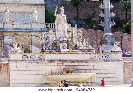 Pincio Fountain In Rome, Italy