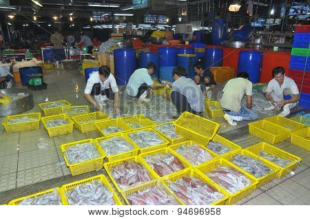 Ho Chi Minh City, Vietnam - November 28, 2013: Plenty Of Fisheries In Baskets Are Waiting For Purcha
