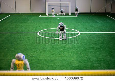 Robots football. Robots programed to play football autonomously