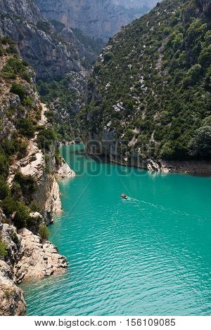 GORGES DU VERDON, FRANCE: People rowing in the grand canyon due Verdon