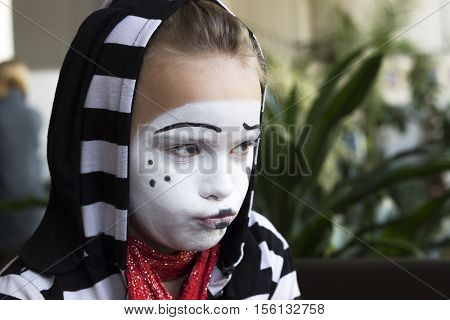Sad Girl in the form of mime actor