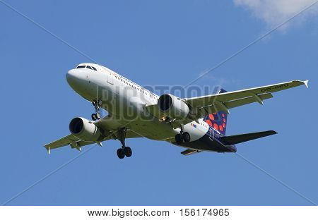SAINT PETERSBURG, RUSSIA - JUNE 29, 2015: Airbus A319-111 (OO-SSU) Brussels Airlines before landing in Pulkovo airport