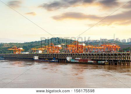 China's Chongqing, the Yangtze River's docks, docks and cranes.