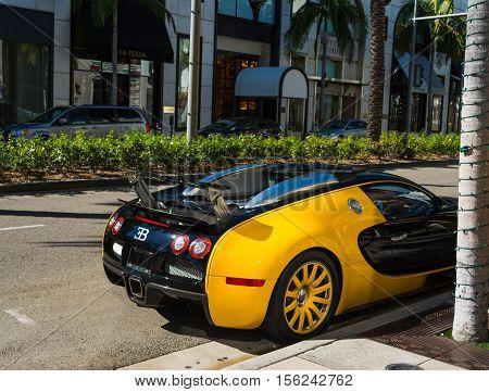 BEVERLY HILLS CALIFORNIA - NOVEMBER 2 2016: Bugatti Veyron in Rodeo Drive Beverly hills