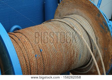 Sling old in Rolls steel wire rope sling