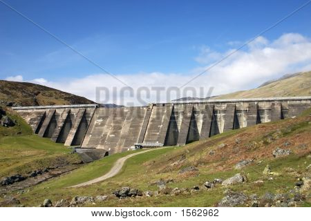 Lednock Dam