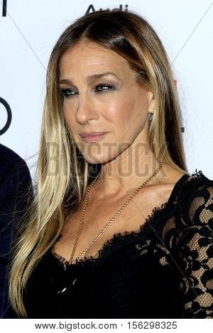 LOS ANGELES - NOV 10:  Sarah Jessica Parker at the AFI FEST 2016 - Opening Night - Premiere Of 20th Century Fox's 'Rules Don't Apply' at TCL Chinese Theater on November 10, 2016 in Los Angeles, CA