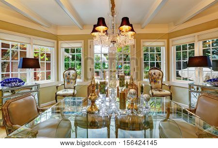 Lovely Victorian Style Dining Room Interior