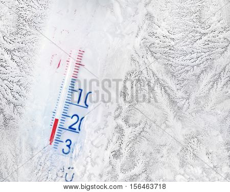 Thermometer minus degree temperature in cold winter.