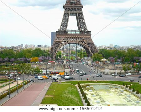 The Eiffel tower from Trocadero on a spring day. Street near the Eiffel tower. Spring in Paris, France