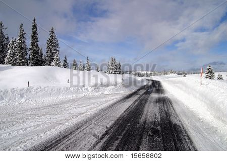 road winter poster