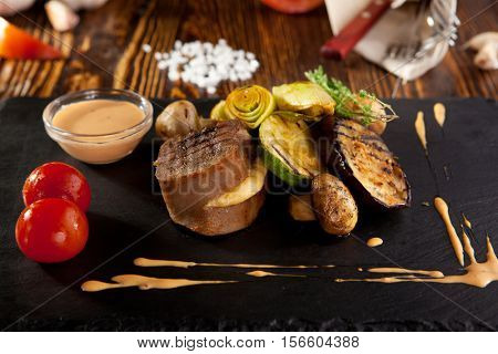 Baked Beef Tongue with Vegetables