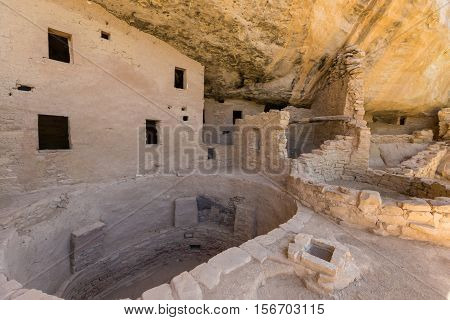 the spruce tree house ruins in mesa verde national park Colorado