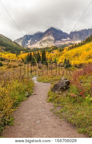 the trail leading into the maroon bells wilderness near Aspen Colorado in fall