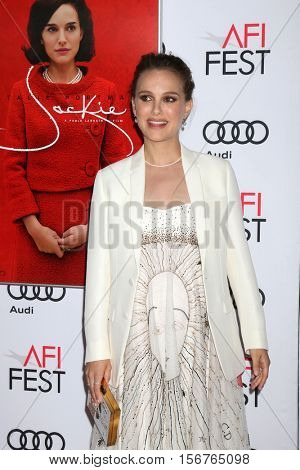 LOS ANGELES - NOV 14:  Natalie Portman at the