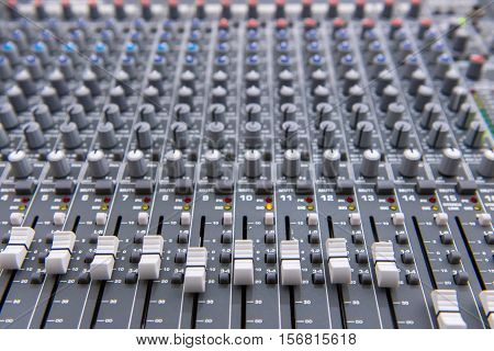 Equipment For Sound Mixer Control, Electornic Device