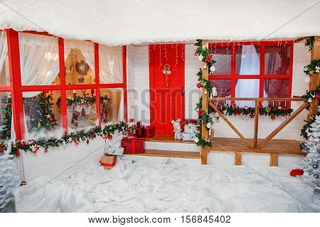 New Year veranda house decoration in red style