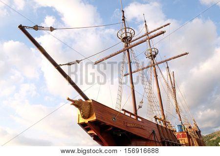 DUBROVNIK, CROATIA - NOVEMBER 30: Motor sailboat Karaka (2004) in port of Dubrovnik, Croatia. Replica of 16th c. sailing vessel karaka type, provides cruises around Dubrovnik, on November 30, 2015.