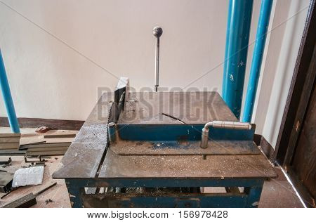 Cnc metal cut machine for construction site