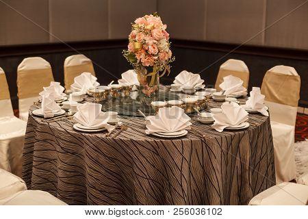 Hotel Restaurant Venue, Food Catering Service Buffet Or Cocktail Banquet For Wedding Ceremonies, Sem