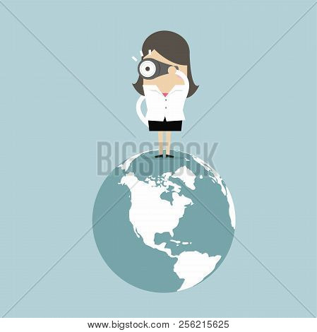 Businesswoman Find The Opportunity On The World And Look At Binoculars.