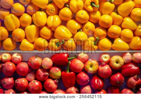 Yellow And Red Fruits Background Pattern Image