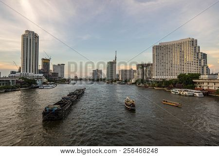 Beautiful Sunset Chao Phraya River Of The Metropolitan Bangkok City Downtown Cityscape Urban , Citys