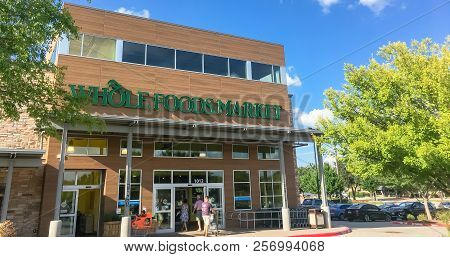 Panoramic Customer Enter Whole Foods Market Store In Dallas, Texas, America