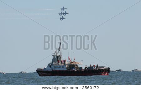 Usaf Thunderbirds Fly Over Us Coast Guard