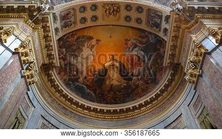 Bologna Italy  05 28 19:  Inside Of The Basilica Of San Domenico Is A Major Churches In Bologna, Ita