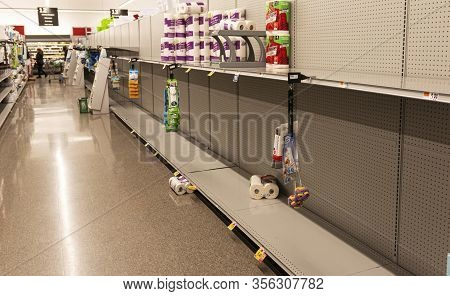 West Islip, New York, Usa - 16 March 2020: A Grocery Store Shelves Are Almost Empty Due To People Ho